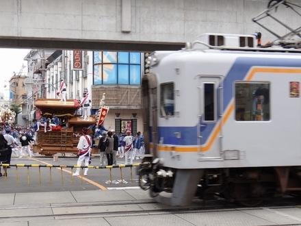 南海7100系 (高石駅付近)