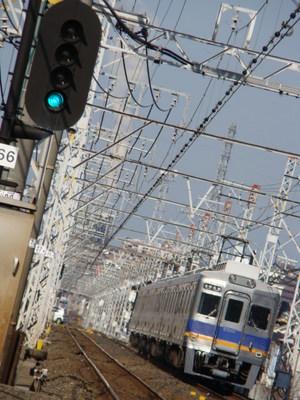 6300系(初芝駅から)