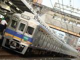 6100系(萩原天神駅)