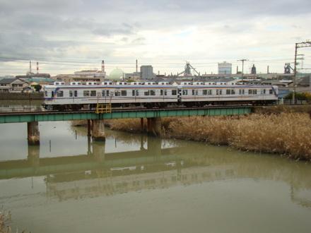 7100系・ワンマン改造車 (土入川橋梁)