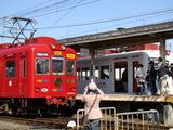おもちゃ電車&いちご電車(伊太祁曽駅)