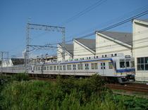 7100系(樽井7号踏切付近)